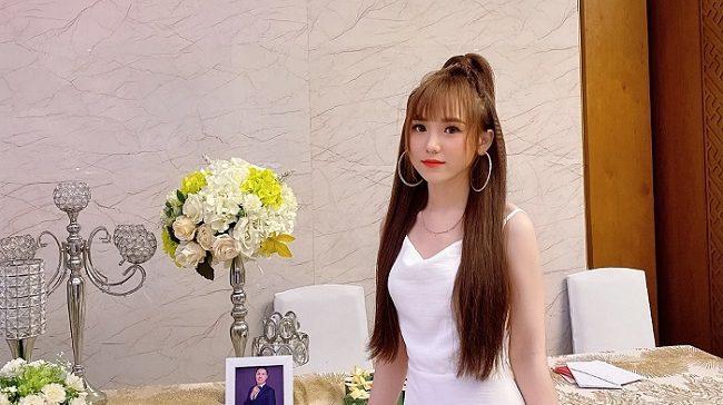 Hotgirl Miu Hà sở hữu nét đẹp vô cùng trong trẻo